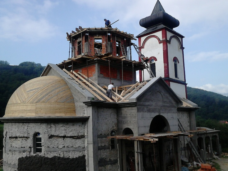 Hram Svetog Oca Nikolaja u Milicima