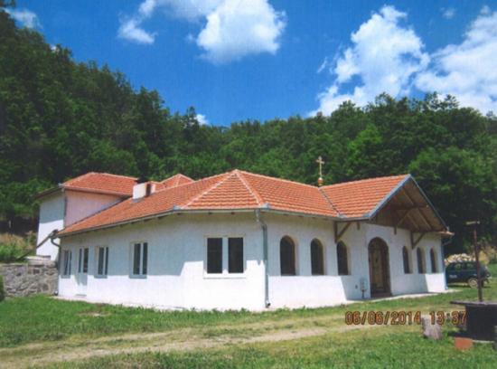 Manastir Brajina