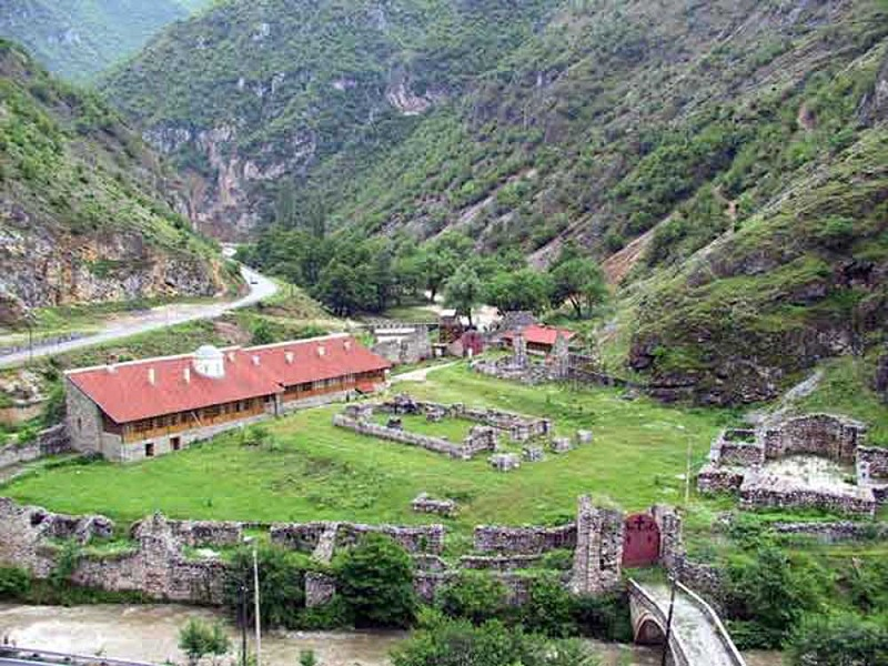 Manastir Sveti Arhangeli kod Prizrena